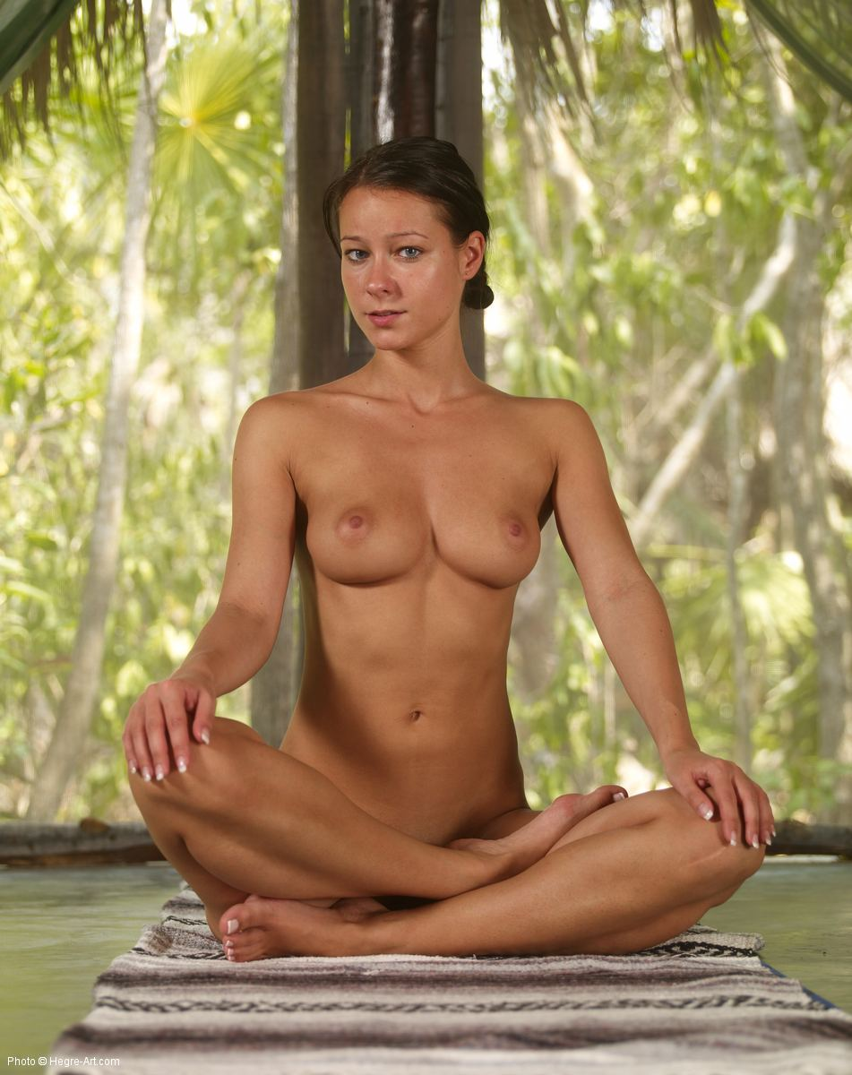 yoga-golie-video-onlayn