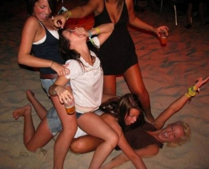 Petite european sluts are into extremely wild orgy at the drunk party  1189924